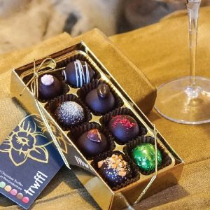 Trwffl-Welsh-Chocolate-Truffles-8-Box