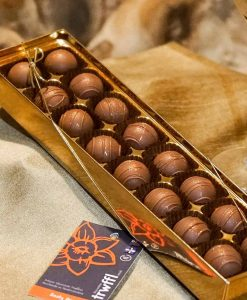 Milk-zesty-orange-Trwffl-Chocolate-Truffles-16